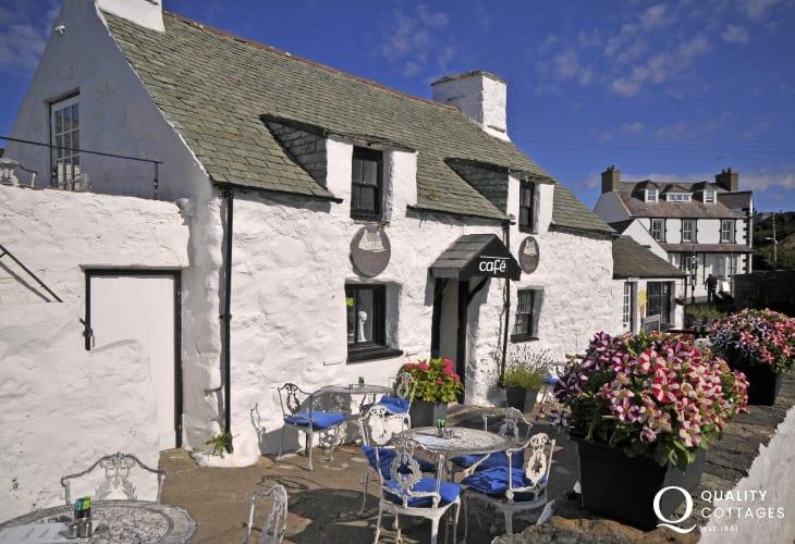 Aberdaron white washed cafe