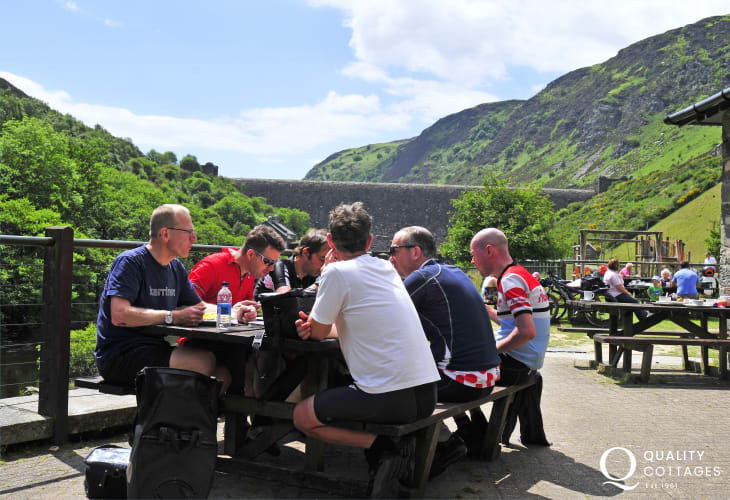 Mid Wales cycling at Elan Valley, Abergwesyn and Llyn Brianne