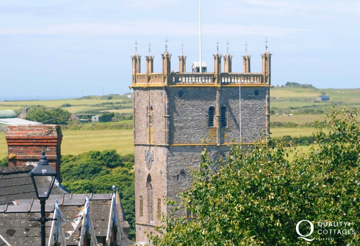 Visit the tiny city of St Davids with its magnificent Cathedral, interesting craft shops, galleries, pubs and restaurants to enjoy