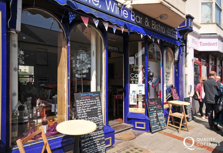 Menai Bridge bistro's and individual shops