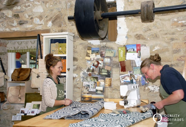 Do visit the Solva woollen mill - it has a newly restored waterwheel, looms weaving beautiful carpeting and rugs as well as a mill shop and tea rooms.