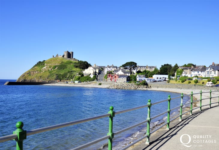 Criccieth, a lovely seaside town. Explore the magnificent castle or enjoy the beach