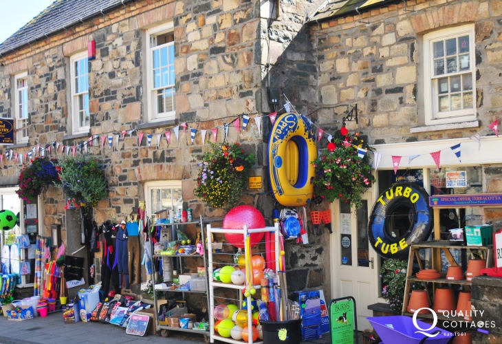 Newport - a little town of full of interesting shops, cafes, pubs & restaurants
