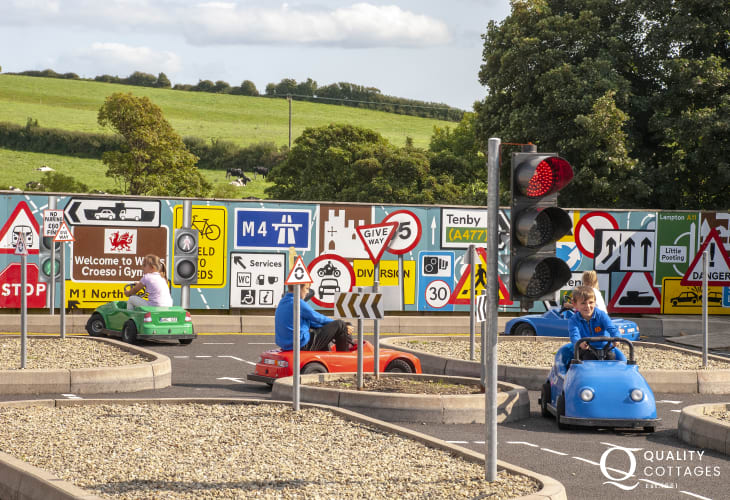 Folly Farm, and Heatherton Sports Park are all fun family days out