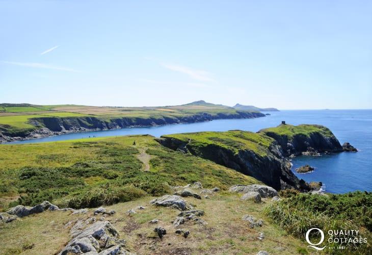 Pembrokeshire Coast path from Porthgain to Abereiddy