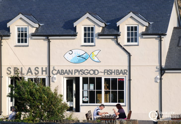 Sblash Cafe offers a traditional fish and chips menu with a twist. Eat in or take away