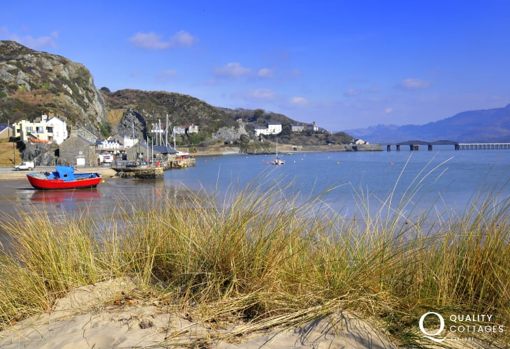 Take an unforgettable trip on the Cambrian coastline railway which hugs the shore between Machynlleth and Pwllheli- passing Aberdovey, Barmouth, Harlech, Porthmadog and Criccieth