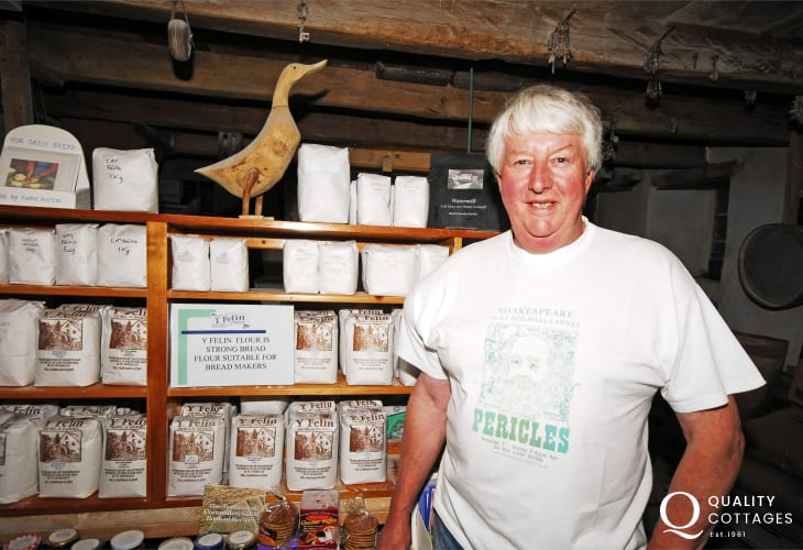 Do visit St Dogmaels Mill - one of the last working water mills in Wales. Traditional stoneground wholemeal flour is used to bake the scones and cakes served in the mill's tea shop