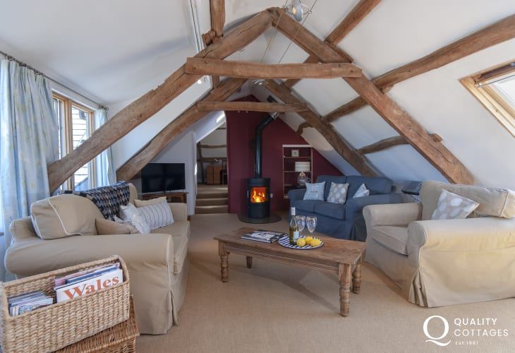 North Pembrokeshire farmhouse conversion apartment - cosy living room with wifi and log burner
