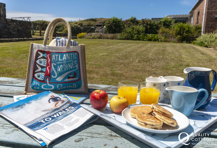 Picnic or a welcome cuppa in the gardens at Lighthouse Watch