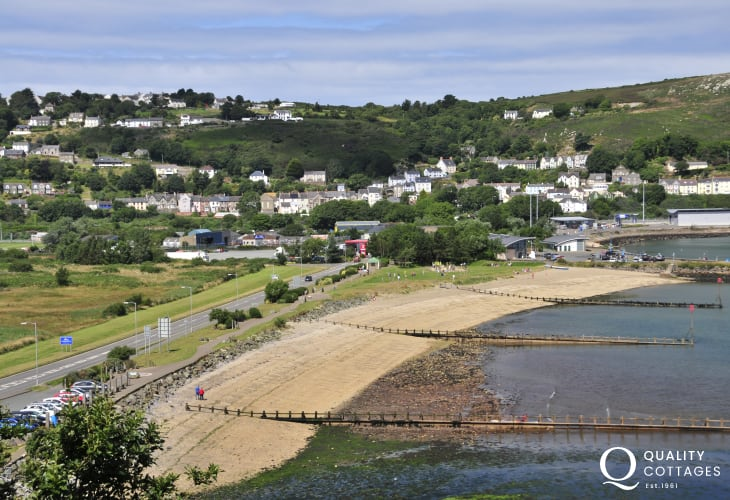 The coastal village of Goodwick with a variety of small shops and pubs is within an easy drive