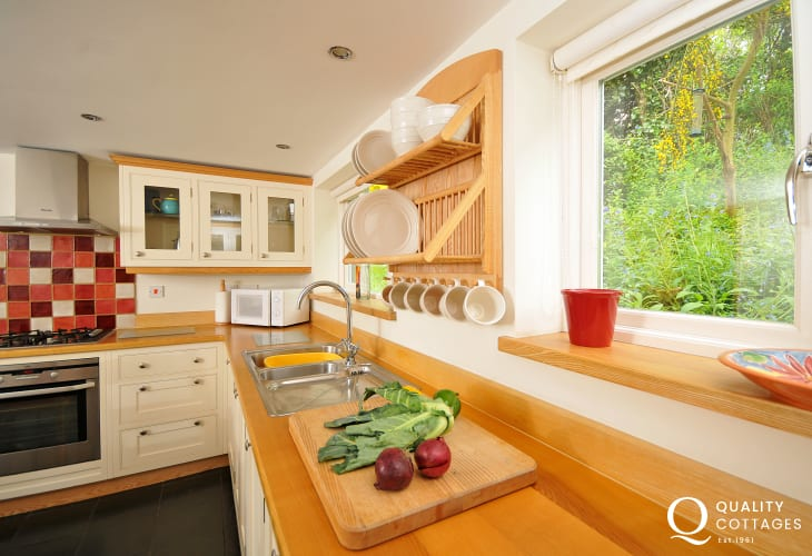Self catering snowdonia - kitchen