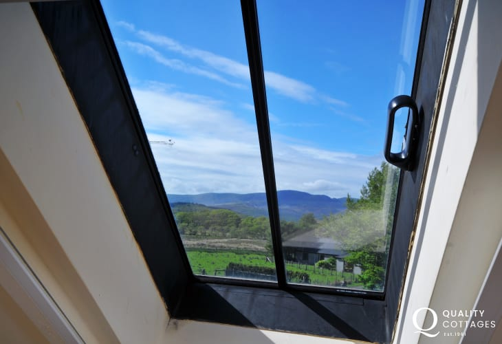 Snowdonia holiday cottage  - window