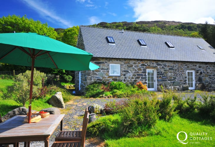Dolgellau Holiday Cottage With Dog Friendly Enclosed Garden