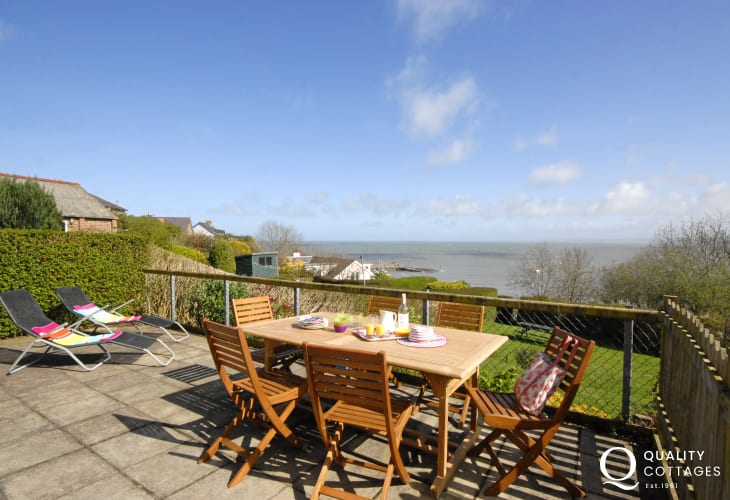 New Quay holiday home - patio with fabulous sea views over Cardigan Bay
