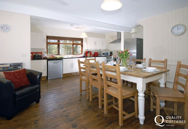 Self-catering family home New Quay - luxury kitchen/diner with log burning stove