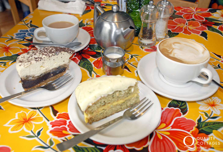 Fishguard has a variety galleries and tea rooms to tempt with mouth watering cakes!