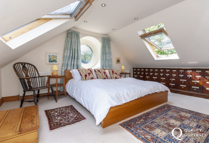 Pembrokeshire romantic retreat - super-king bedroom on mezzanine with sea views