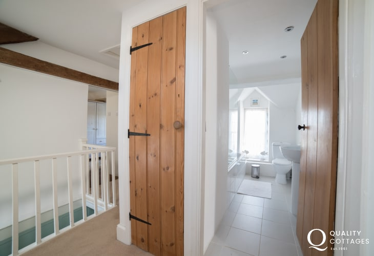 Pet friendly Morfa Nefyn holiday cottage - double ensuite bathroom