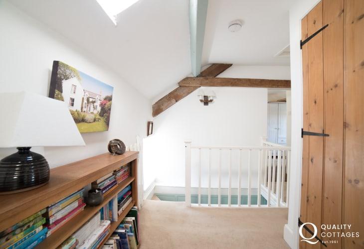 Dog friendly cottage Llyn Peninsula  - landing