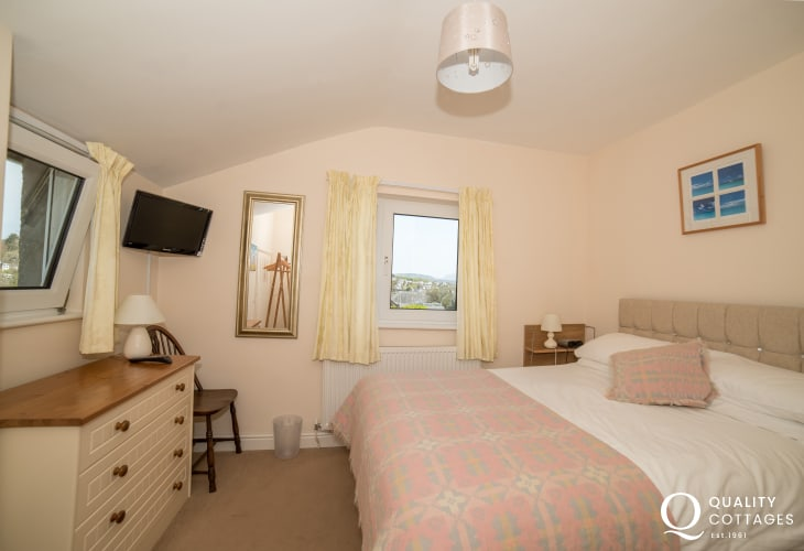 5 bedroomed holiday house Llyn Peninsula  - double bedroom 1st floor