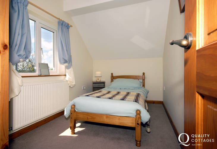 Pembrokeshire holiday cottage sleeping 6 - single