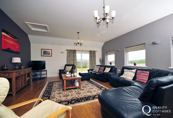 Holiday cottage on the Lleyn Peninsula - lounge