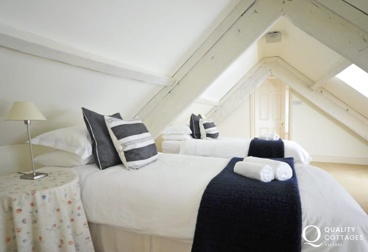 Brecon Beacons self catering - bedroom