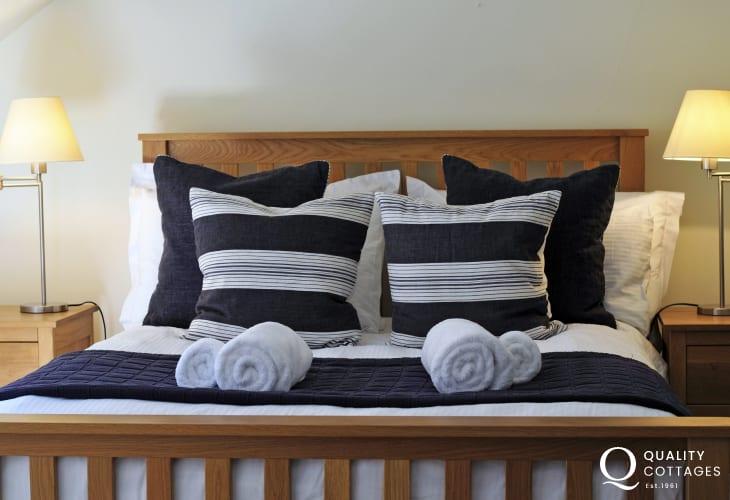 Abergavenny holiday cottage - bedroom