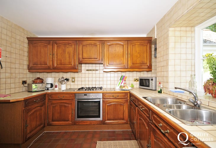 Brecon Beacons holiday cottage - kitchen