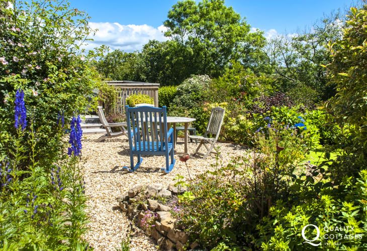 Pembrokeshire holiday home with children's play area in the garden