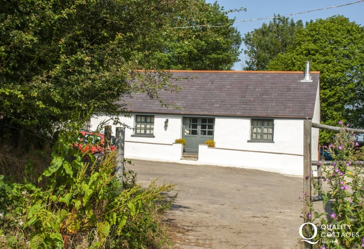 Pembrokeshire farm holiday cottage - sorry no pets