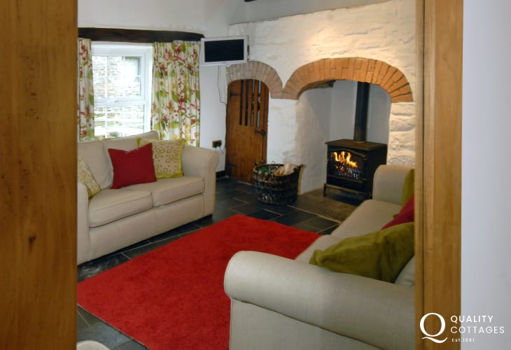 Cosy Pembrokeshire cottage for holidays by the sea