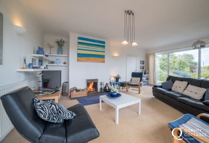 Spacious lounge with open fire in Anglesey holiday cottage