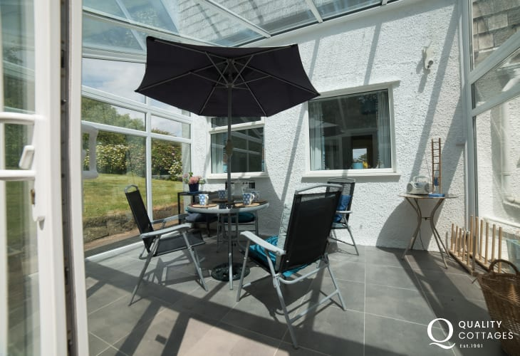 Anglesey holiday cottage 3 bedrooms - conservatory