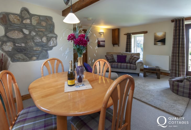 Holiday cottage near Abercastle - open plan sitting/dining room