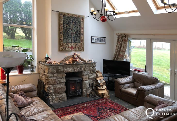 Luxury Lleyn holiday cottage - lounge with log burner