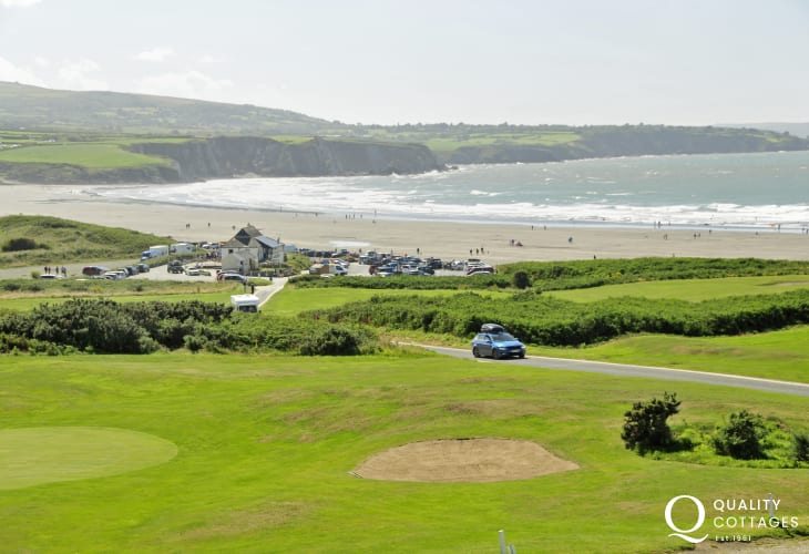 Newport Golf club is an 18 hole links course with fabulous views over the Nevern Estuary and Dinas Island