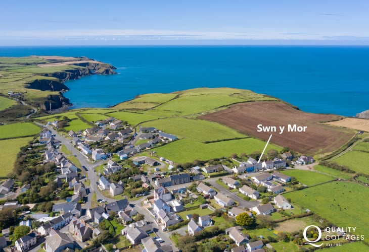 Swn y Mor charming holiday cottage in Trefin
