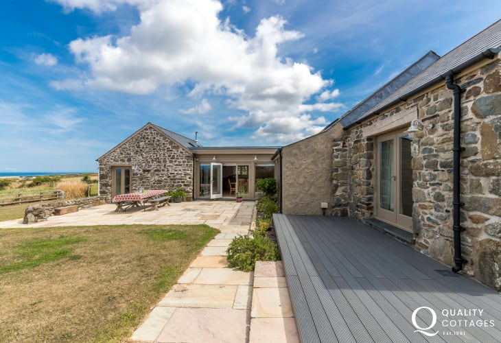 Pembrokeshire holiday cottage for rent on the coast