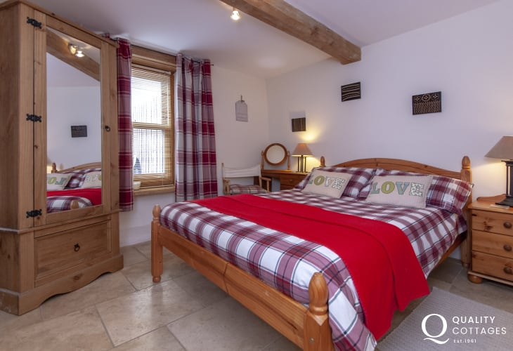 Holiday Cottage Pembroke - ground floor double