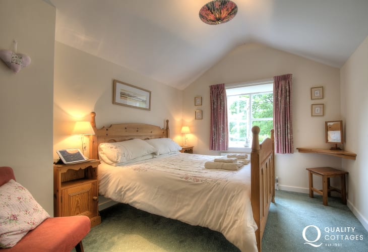 Double bedroom on first floor with views over the garden