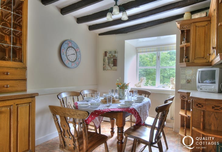 Kitchen/Diner in traditional Welsh holiday cottage