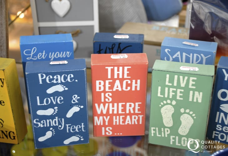 Browse lots of interesting little gift shops for holiday souvenirs
