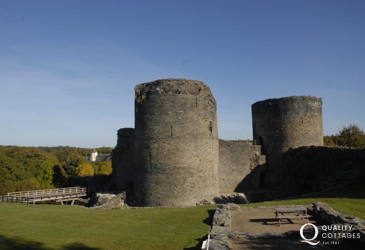 Visit restored Cardigan Castle, opened in 2015, and also nearby Cilgerran Castle which overlooks the Teifi Gorge