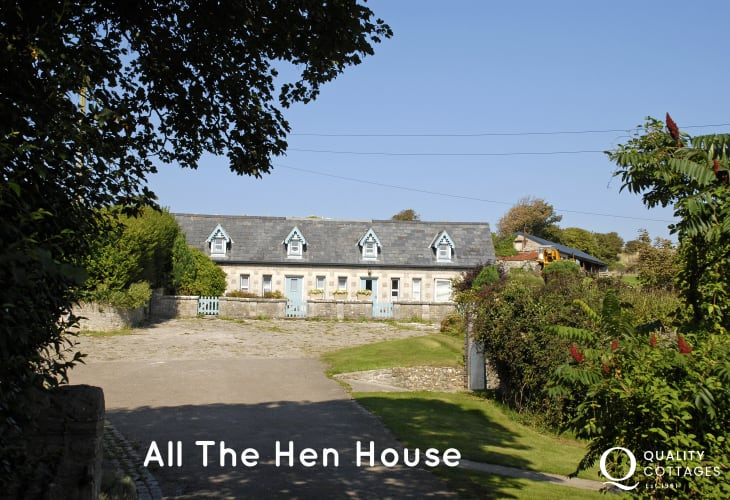 Dunraven Bay converted holiday cottage - dogs welcome