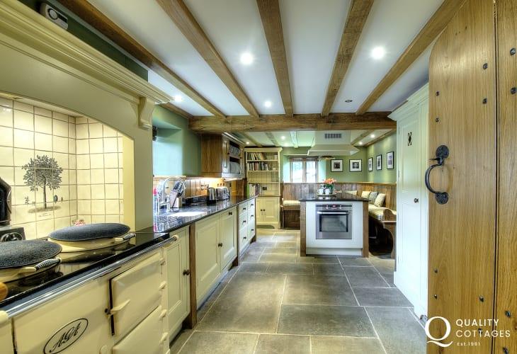 Luxury holiday house Brecon Beacons - kitchenHay on Wye holiday house - porch