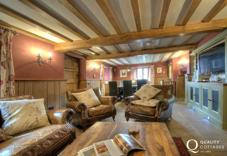 Luxury holiday house Brecon Beacons - lounge