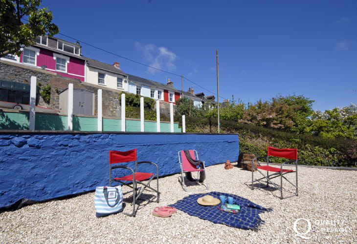 Holiday home near Aberaeron - sheltered seaside terraced garden