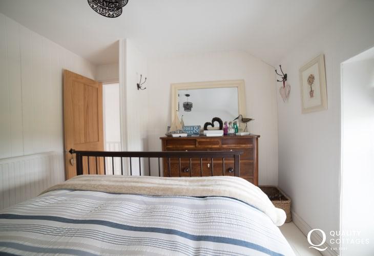 Holiday cottage Morfa Nefyn sleeping 6 - double bedroom